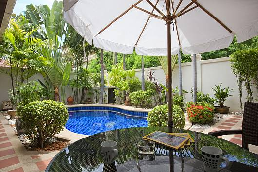 Rent Pattaya Villa: Baan Tawan 1, 2 Bedrooms.  baht per night