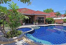 Baan Ayala | Homely 5 Bed Pool Villa near Jomtien Beach
