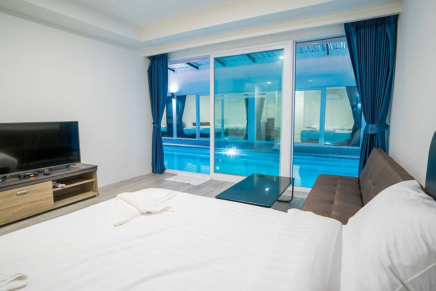 DJ Pool Complex | 33 Rooms Resort with Private Pools in Jomtien