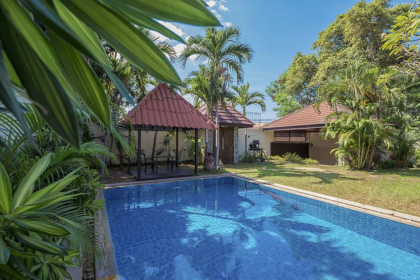 Suan Suay Villa | 5 Bed Pool Villa near Beach at Pratumnak Hill Pattaya