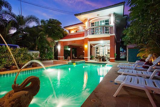 Rent Pattaya Villa: Baan Duan Chai, 5 Bedrooms. 7970 baht per night