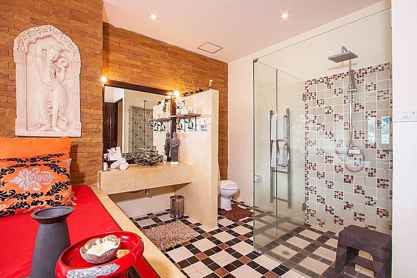 Master Bathroom Of Villa Samoot Sawan