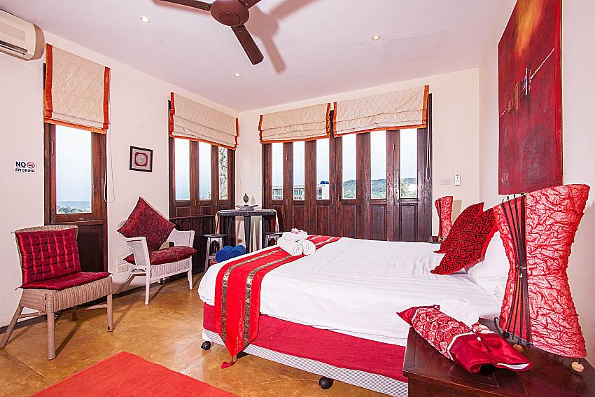 First bedroom Of Villa Samoot Sawan