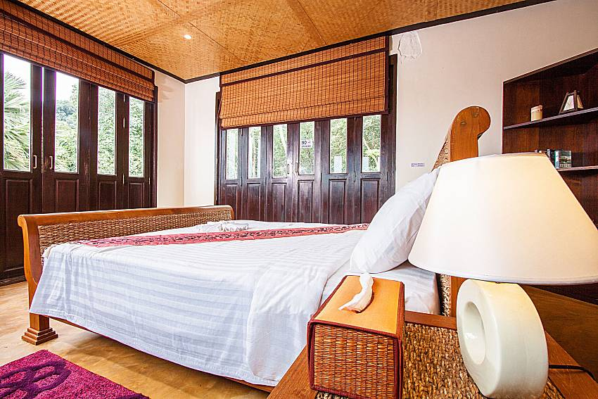 1. bedroom with king size bed at Baan Pa Nom Karon Phuket
