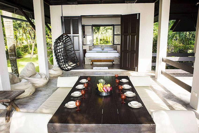 Thai Sala Al Fresco Dining-baan-hat-kai-mook_4-bedroom_beachfront-private-pool-villa_koh-chang_thailand