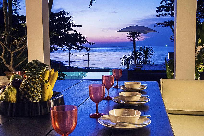 Nighttime Al Fresco Dining-baan-hat-kai-mook_4-bedroom_beachfront-private-pool-villa_koh-chang_thailand
