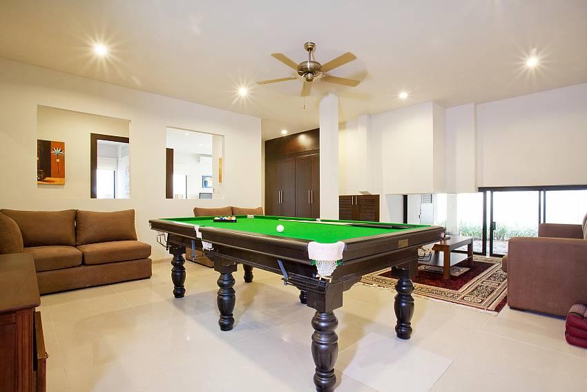 Games Room-villa-kaimook-andaman_6-bedroom_pool-villa_nai-harn_phuket_thailand