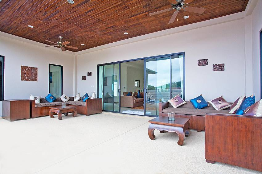 Comfortable Outside Seating-villa-kaimook-andaman_6-bedroom_pool-villa_nai-harn_phuket_thailand