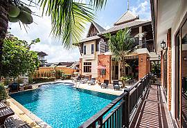 Baan Suay Tukta | 5 Bed Tropical Pool Villa near Jomtien Beach Pattaya