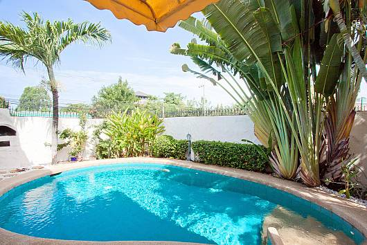 Rent Pattaya Villa: Baan Chai Nam, 2 Bedrooms. 6948 baht per night