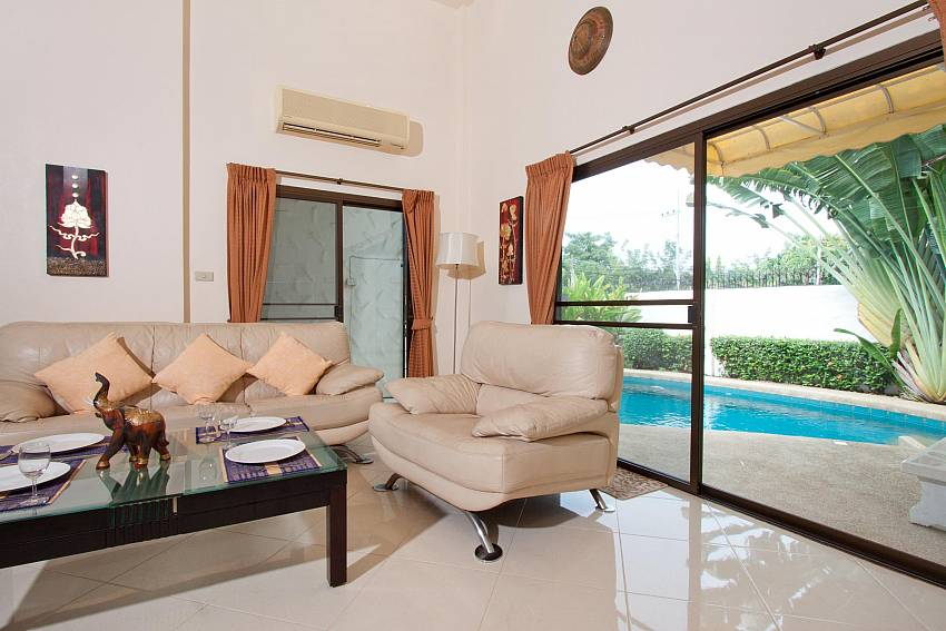 Lounge access to Pool-nai-mueang-noi_2-bedroom_private-pool-villa_pattaya_thailand