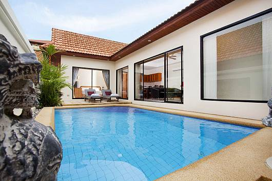 Rent Pattaya Villa: View Talay 3, 3 Bedrooms. 7830 baht per night