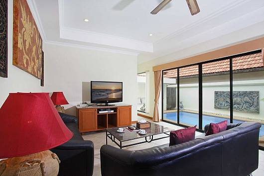 Rent Pattaya Villa: View Talay 3, 3 Bedrooms.  baht per night