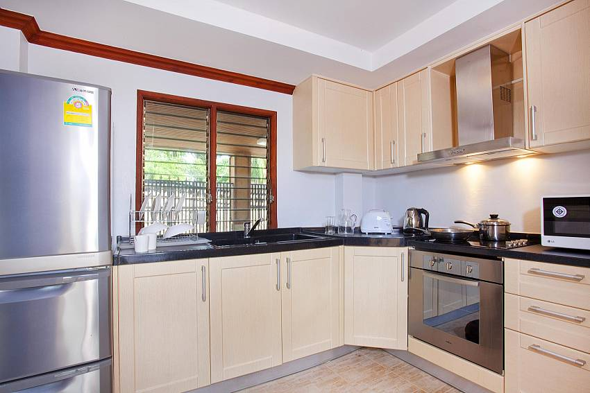 Well appointed kitchen_baan-sang-dow_2-bedroom-villa_communal-pool_ban-chong-beach_krabi_thailand