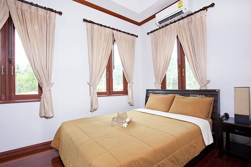 Bedroom 2_baan-sang-dow_2-bedroom-villa_communal-pool_ban-chong-beach_krabi_thailand