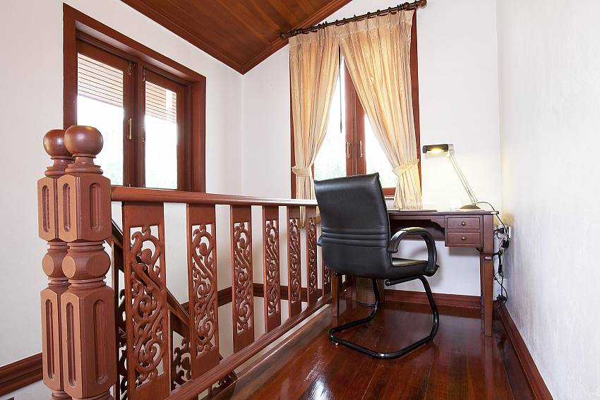 Office area and landing_baan-sang-dow_2-bedroom-villa_communal-pool_ban-chong-beach_krabi_thailand