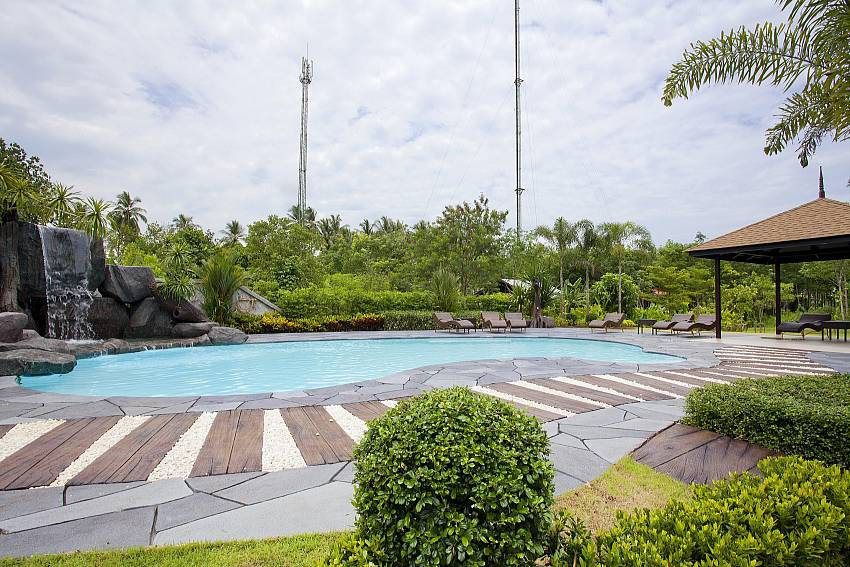 Pool with rock fountain_baan-sang-dow_2-bedroom-villa_communal-pool_ban-chong-beach_krabi_thailand