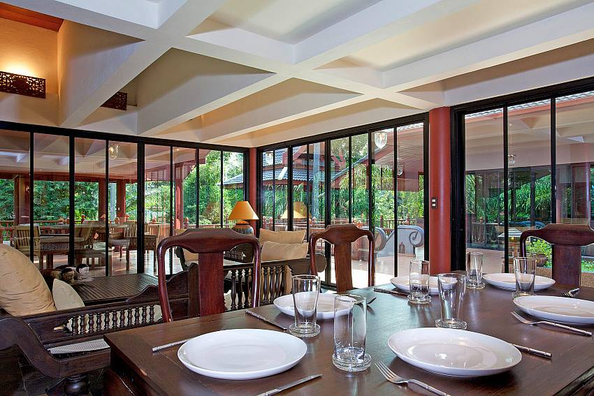 Second Dining Area_laemset-lodge_villa_6-bedroom_laem-set-beach_koh-samui_thailand