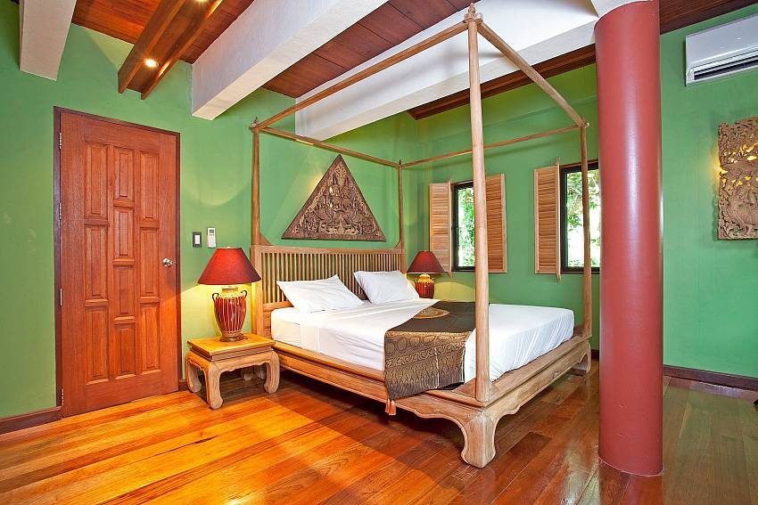 Bedroom 1_laemset-lodge_villa_6-bedroom_laem-set-beach_koh-samui_thailand