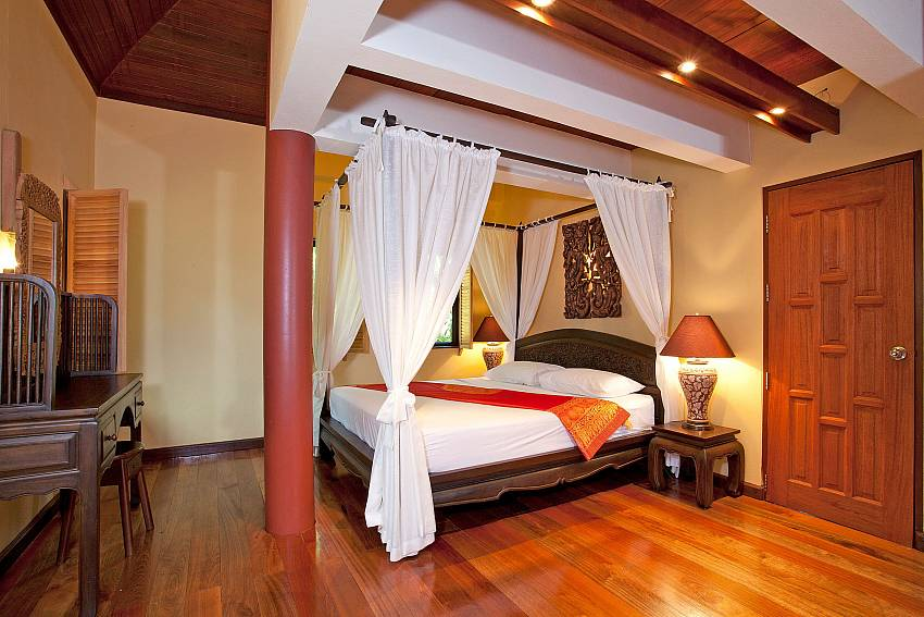 Bedroom 6_laemset-lodge_villa_6-bedroom_laem-set-beach_koh-samui_thailand