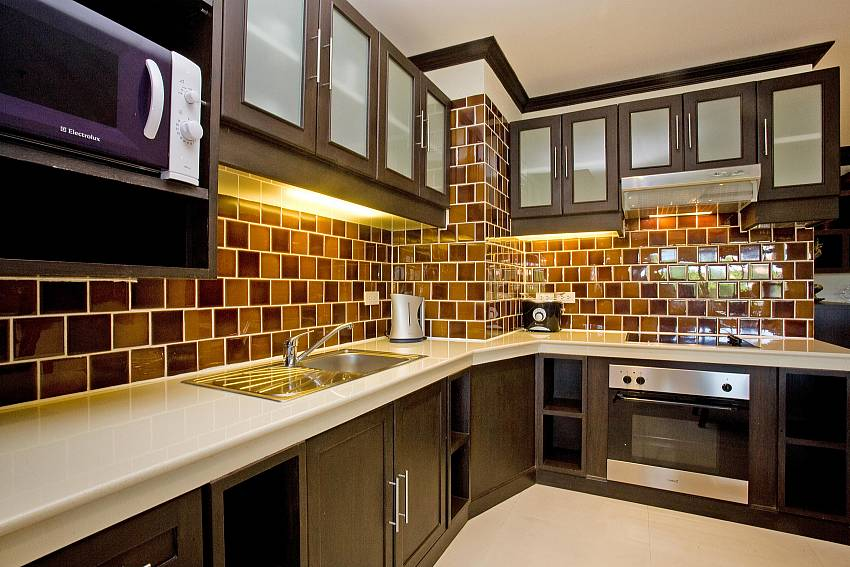 Kitchen-Nirvana Place_Pattaya_Thailand