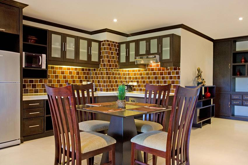 Dining Area-Nirvana Place_Pattaya_Thailand