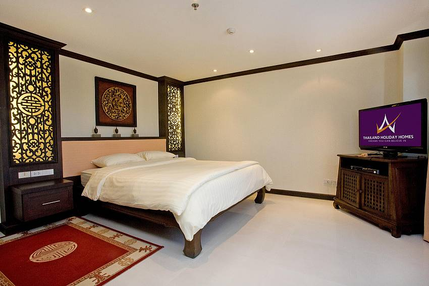 Master double bedroom at Nirvana Place in Pattaya Thailand