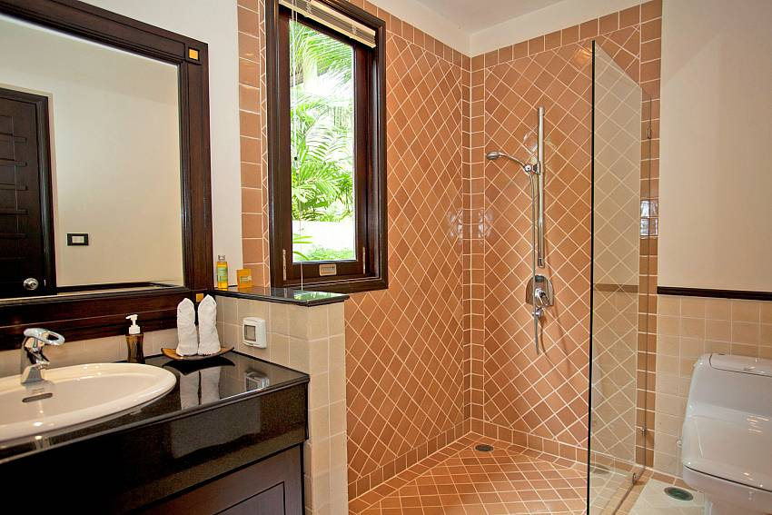 Shower room_maan-tawan_4-bedroom_private-pool-villa_layan-beach_phuket_thailand