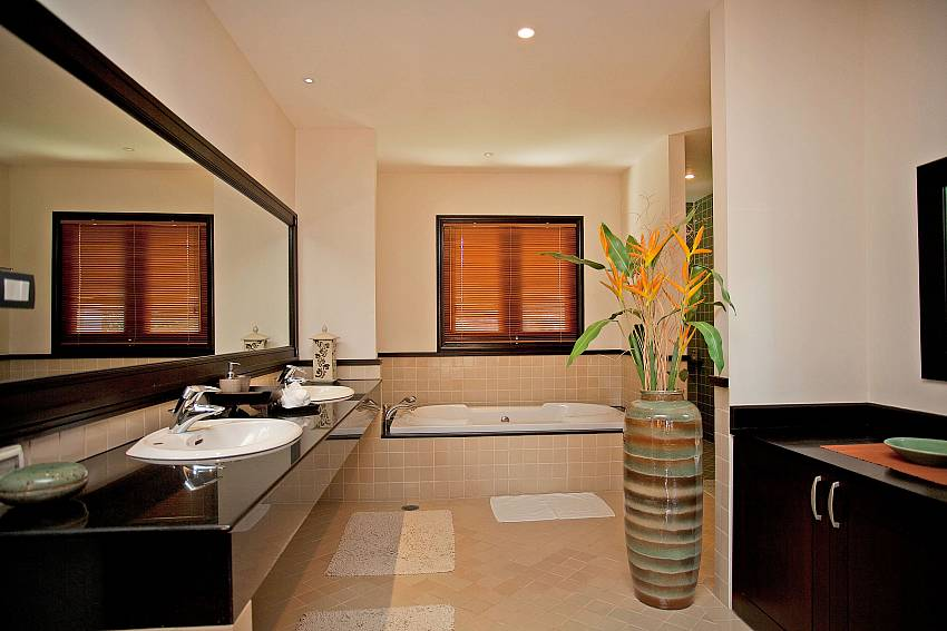 Bright Modern Utilities_maan-tawan_4-bedroom_private-pool-villa_layan-beach_phuket_thailand