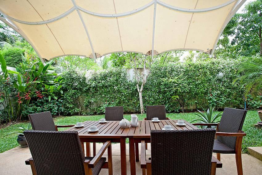 Al fresco dining_maan-tawan_4-bedroom_private-pool-villa_layan-beach_phuket_thailand