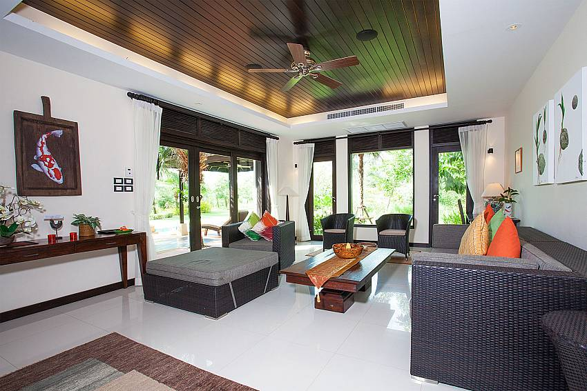 Spacious lounge at Chom Tawan on Sunset coast Phuket