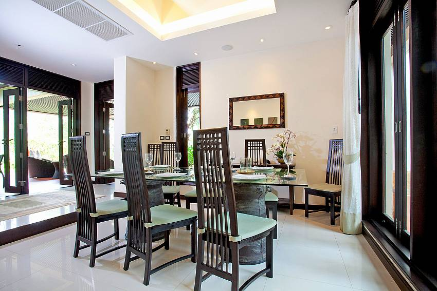 Dining Area_chom-tawan-villa_4-bedroom_private-pool_layan-beach_bang-tao_phuket_thailand