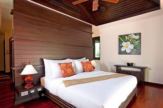 Аренда виллы на Пхукете: Chom Tawan Villa, 4 Спальни. 17836 бат в день