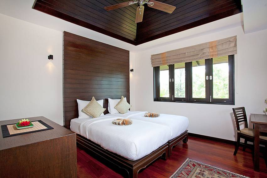 Twin Bed Room_chom-tawan-villa_4-bedroom_private-pool_layan-beach_bang-tao_phuket_thailand
