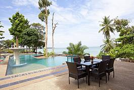 Deluxe 1 Bedroom Beachfront Villa in Private Resort With Pool at Ao Nam Beach, Krabi
