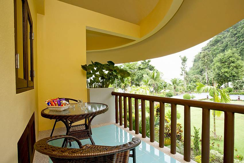 Garden Balcony_krabi_beachfront-resort-villa_suite-101_1-bed-suite_krabi_thailand