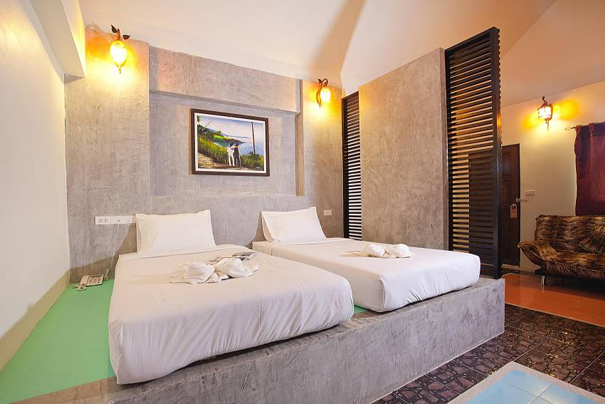 Twin Bed Bedroom_krabi_beachfront-resort-villa_suite-103_1-bed-suite_krabi_thailand