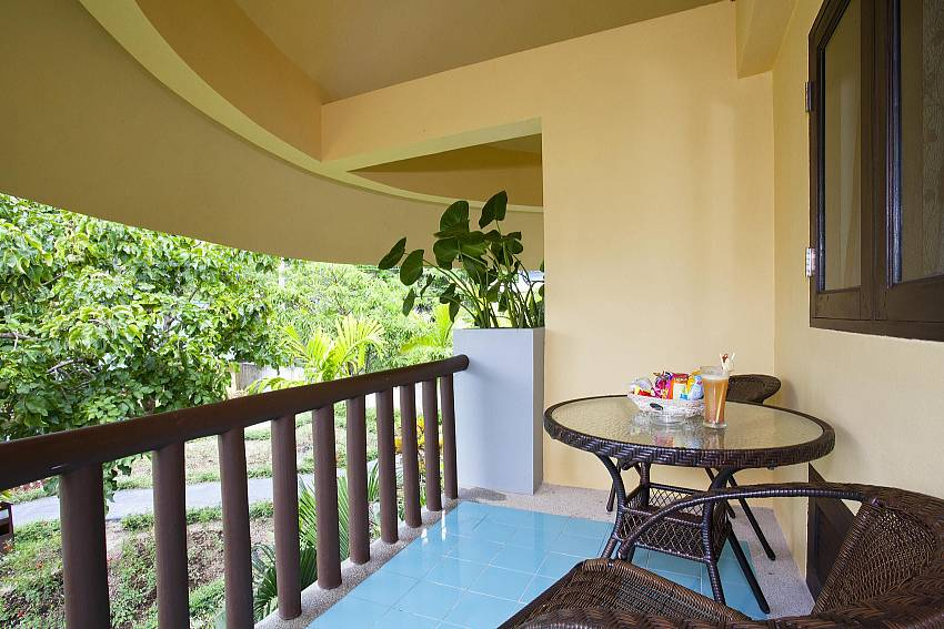 Balcony_krabi_beachfront-resort-villa_suite-103_1-bed-suite_krabi_thailand