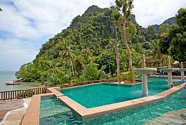 2 Bed Beachfront Villa Suite With Communal Pool Ao Nam Mao Krabi