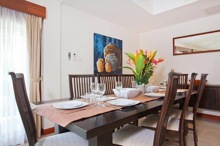 Dining Table for 8_red-mountain-villa_4-bedroom_private-pool_kathu_phuket