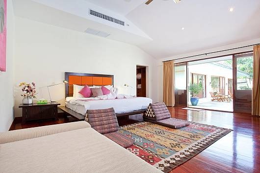 Rent Phuket Villas: Red Mountain Villa, 4 Bedrooms.  baht per night