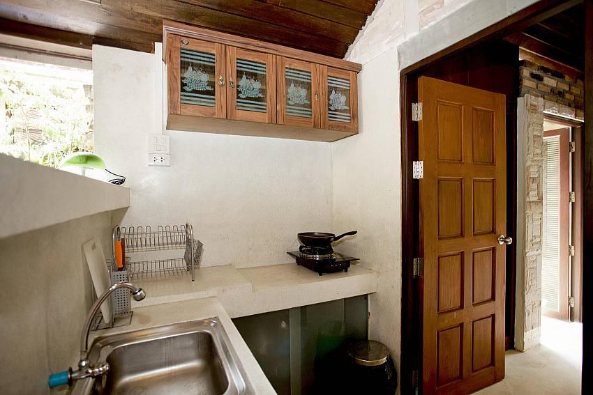 Minimalist Kitchen_orchard-paradise-villa_2-bedroom_private-pool_ao-nang_krabi_thailand