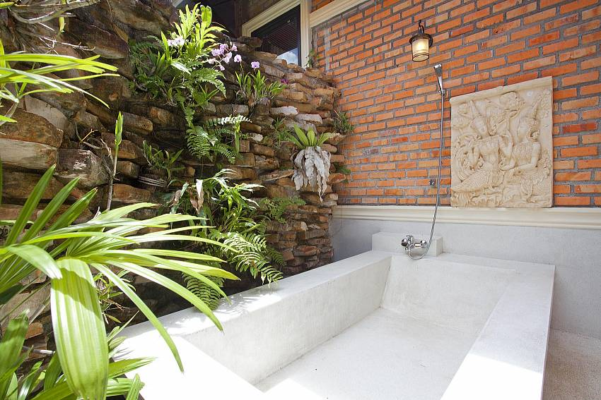 Outside Tub_orchard-paradise-villa_2-bedroom_private-pool_ao-nang_krabi_thailand