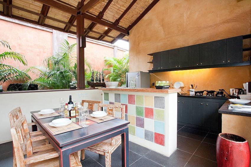 Kitchen and Dining Table_villa-serena_2-bedroom_private-pool_klong-khong-beach_koh-lanta_thailand