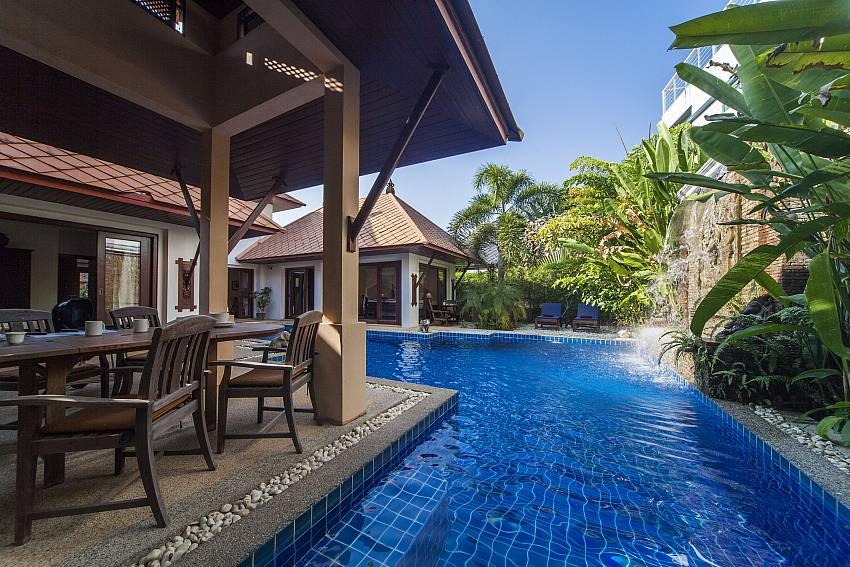 Al Fresco Poolside Dining_villa-fantasea_4-bedroom-property-with-estate-facilities-800m-from-kamala-beach