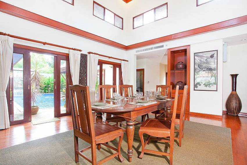 Dining Area_villa-fantasea_4-bedroom-property-with-estate-facilities-800m-from-kamala-beach