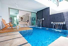 วิลล่าเฟรนด์ชิฟ 7 - บ้านภูเก็ตให้เช่า 2 ห้องนอน รายวันริมหาดราไวย์สระส่วนตัวพร้อมอ่างอาบน้ำ