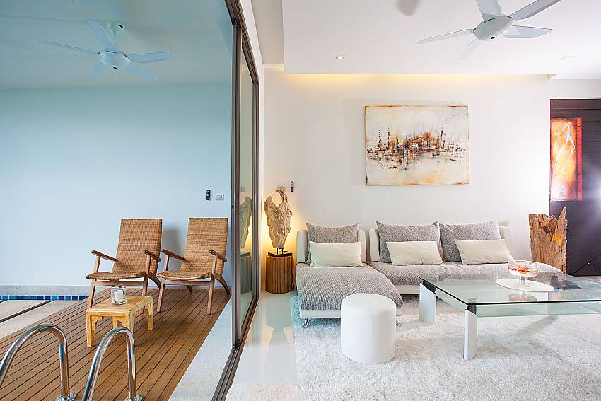 Indoor and outdoor area seamless interconnected at Friendship Villa No.7 Phuket