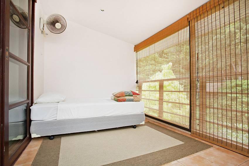 Balcony Spare Bed_chai-nam-condo_2-bedroom_beachfront-apartment_bang-tao_phuket