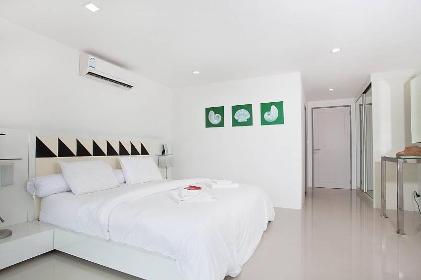 Bedroom_long-beach-sea-view-3b_2-bedroom-apartment_sea-view_koh-lanta
